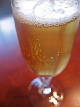 Bubbly cider